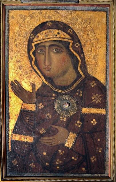 Βυζαντινό αντίγραφο του 12ου αιώνα της Παναγίας Αγιοσορίτισσας. Προέρχεται από την κυρίως Ελλάδα. Διαστάσεις 40 Χ 70 εκ. Σήμερα βρίσκεται στην εκκλησία: Basilica dei Santi Bonifacio e(d) Alessio, Ρώμη.