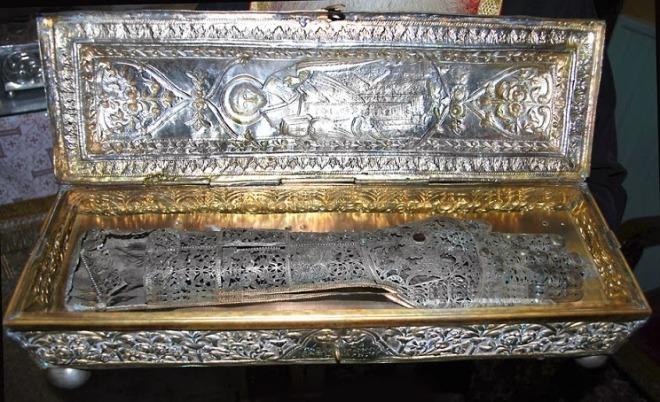 Η δεξιά χείρα του Αγίου Ιερομάρτυρος Ελευθερίου  http://leipsanothiki.blogspot.be/