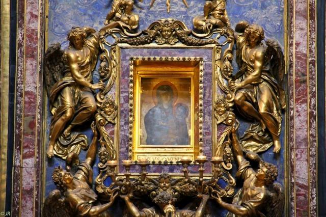 Η βυζαντινή Προστάτις του ρωμαϊκού λαού http://leipsanothiki.blogspot.be/